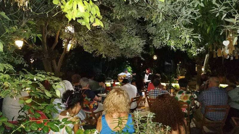 verano-jardin-botanico-la-almunya-del-sur-32